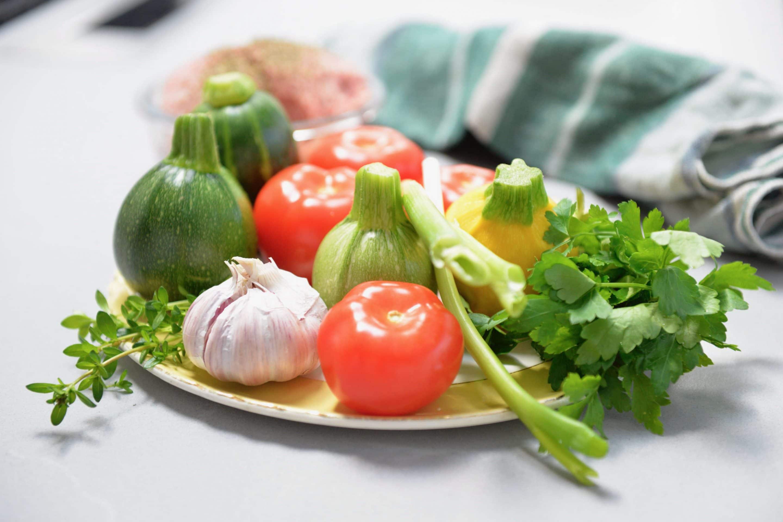 Comment laver vos fruits et légumes pour supprimer les pesticides, larves, saletés et bactéries.