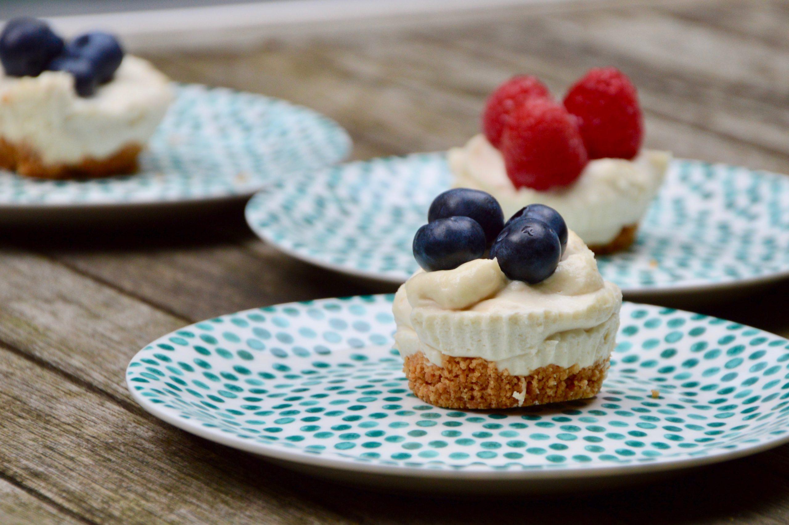 le cheesecake à la vanille & aux myrtilles
