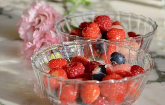 Peach & Red Berries Salad
