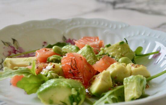 grapefruit seafood and greens salad