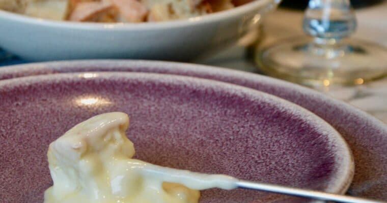 French fondue savoyarde